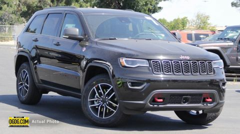 "New 2019 Jeep<br /><span class=""vdp-trim"">Grand Cherokee Trailhawk 4WD Sport Utility</span>"