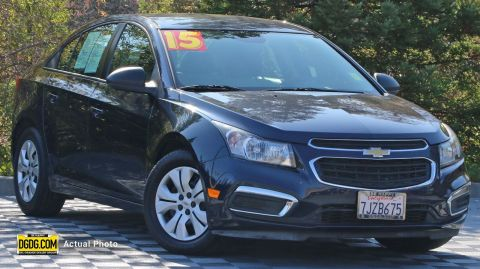 "Pre-Owned 2015 Chevrolet<br /><span class=""vdp-trim"">Cruze LS FWD 4dr Car</span>"