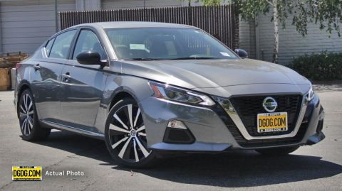 "New 2019 Nissan<br /><span class=""vdp-trim"">Altima 2.0 SR FWD 4dr Car</span>"