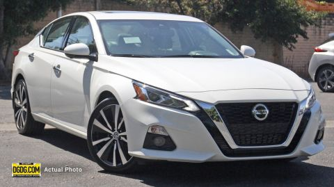 "New 2019 Nissan<br /><span class=""vdp-trim"">Altima 2.0 Platinum FWD 4dr Car</span>"