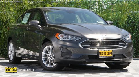 "New 2019 Ford<br /><span class=""vdp-trim"">Fusion SE FWD 4D Sedan</span>"