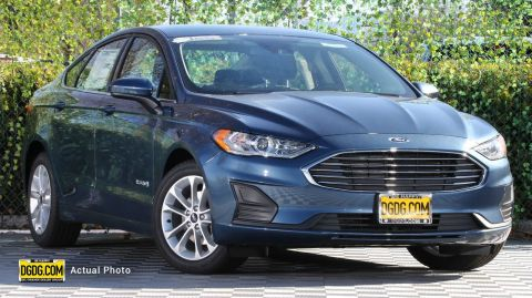 "New 2019 Ford<br /><span class=""vdp-trim"">Fusion Hybrid SE FWD 4D Sedan</span>"