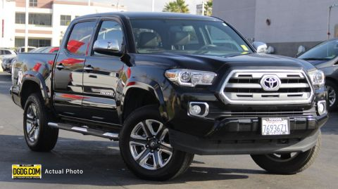 "Pre-Owned 2017 Toyota<br /><span class=""vdp-trim"">Tacoma Limited 4WD 4D Double Cab</span>"