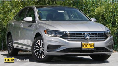 "New 2019 Volkswagen<br /><span class=""vdp-trim"">Jetta SE FWD 4dr Car</span>"