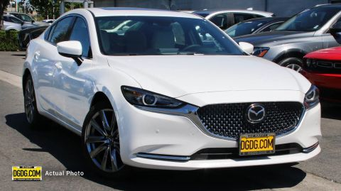 "New 2019 Mazda<br /><span class=""vdp-trim"">Mazda6 Signature FWD 4dr Car</span>"