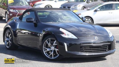 Pre-Owned 2013 Nissan 370Z Touring