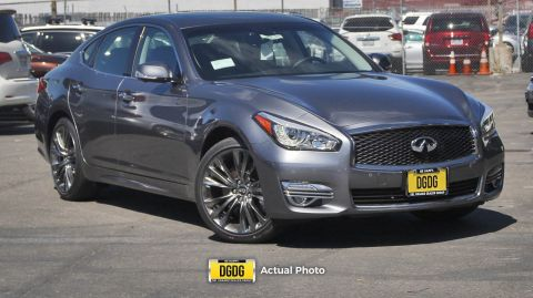 "New 2019 INFINITI<br /><span class=""vdp-trim"">Q70 3.7 LUXE RWD 4dr Car</span>"